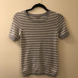 {Gap} gray and white striped sweater t